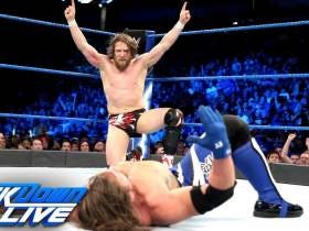 Here Comes The Money - WWE Signs $1 Billion Deal With FOX For SmackDown